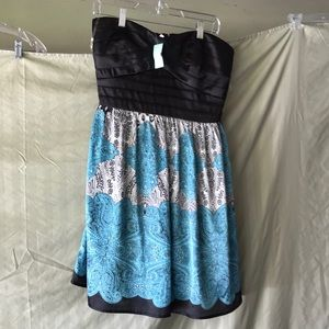 Strapless dress NWT